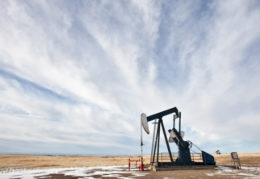 Does a high oil price mean a high gold price?